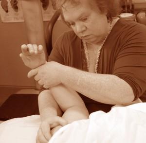 Massaging arm